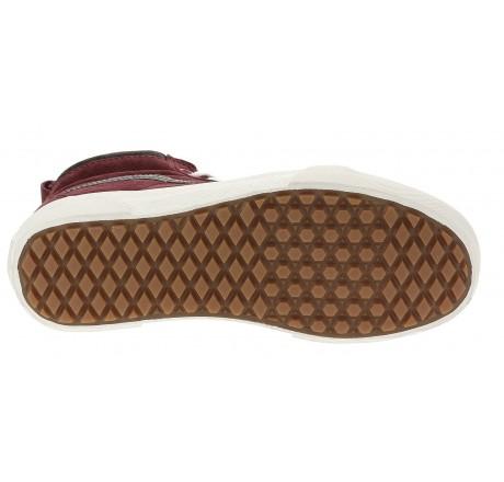 Scarpe alte in pelle scamosciata da donna dettaglio suola